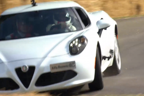 Alfa Romeo 4C crash