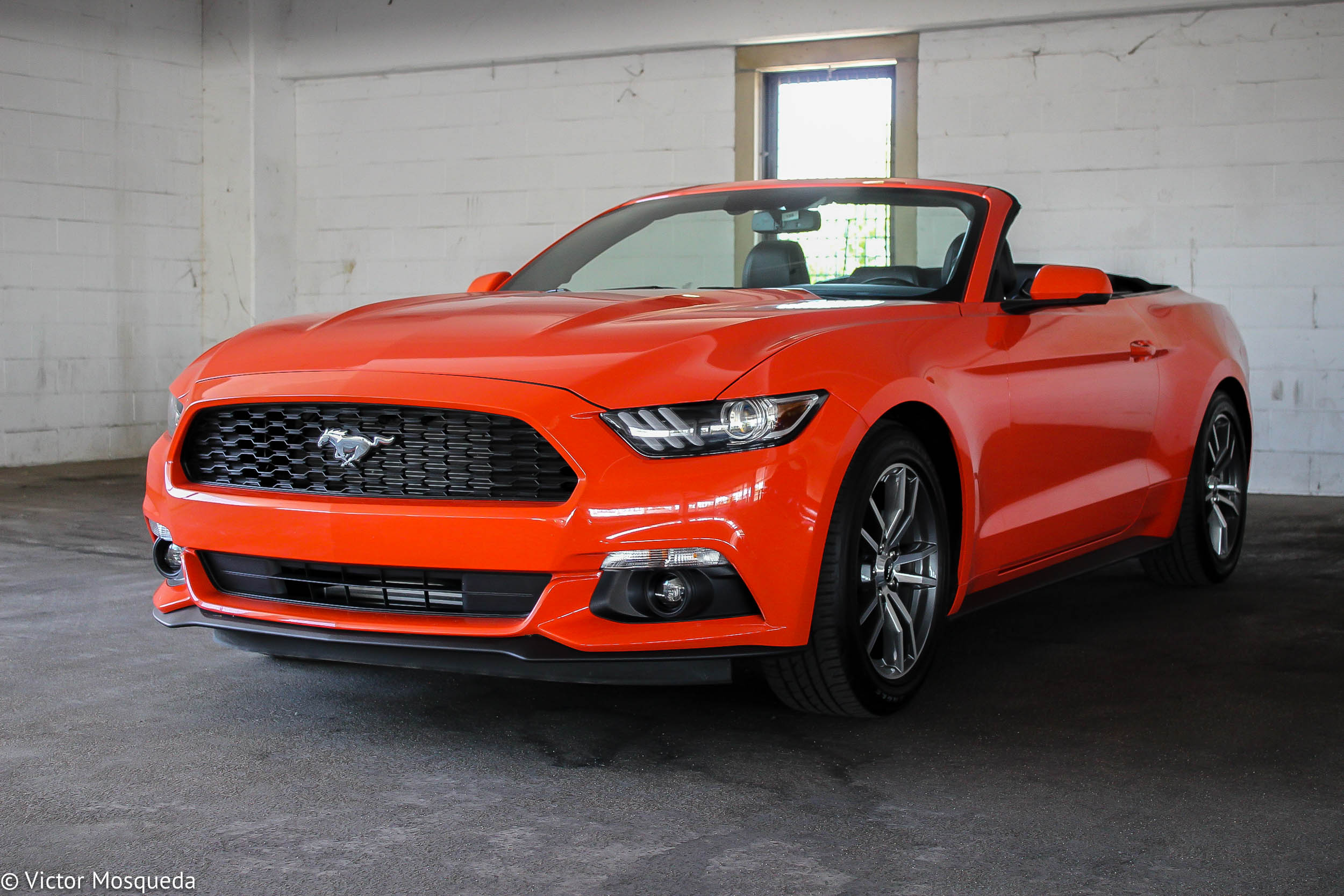 2015 ford mustang convertible 2 3 liter ecoboost carfanatics blog. Black Bedroom Furniture Sets. Home Design Ideas