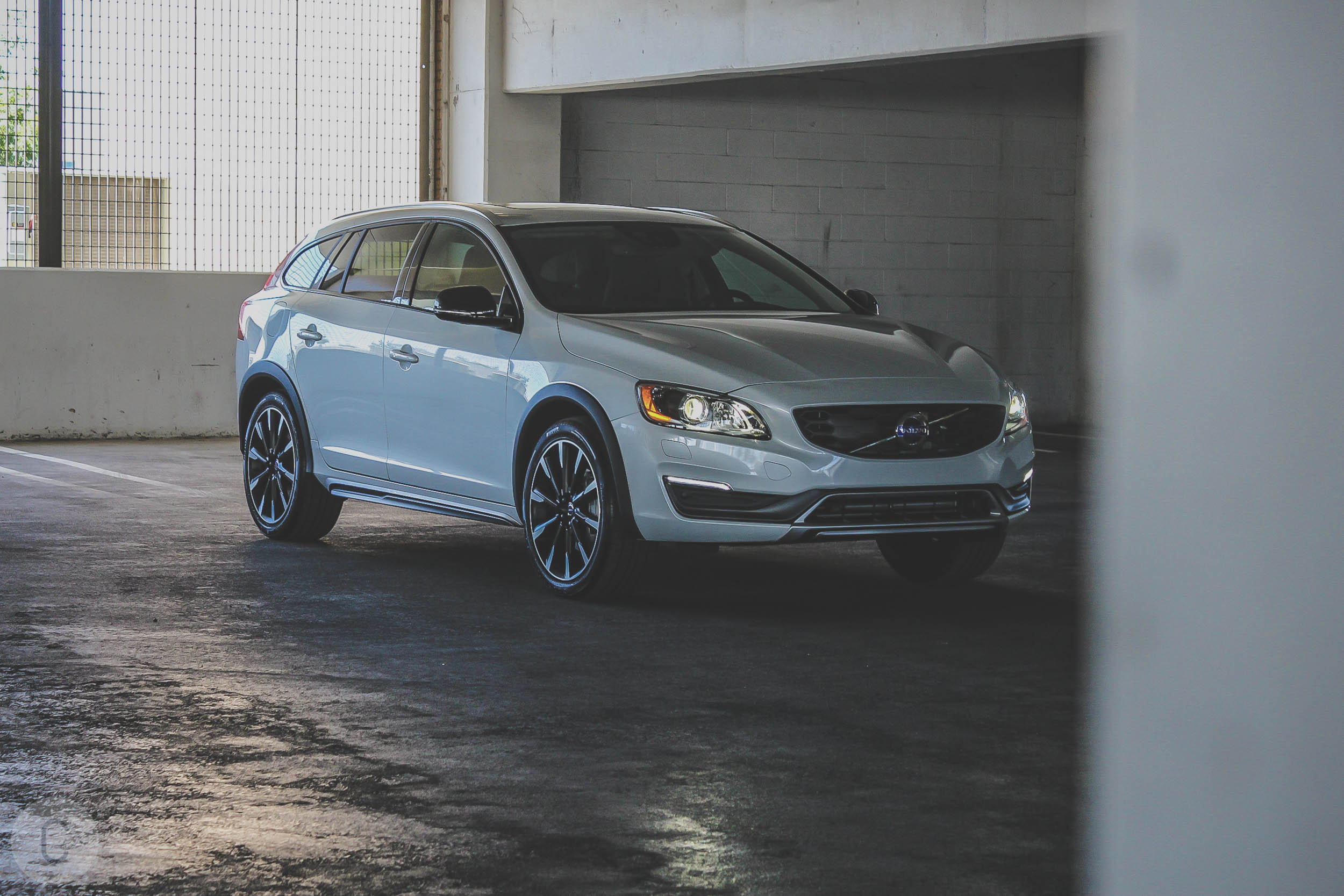 2016 Volvo V60 Cross Country T5 AWD