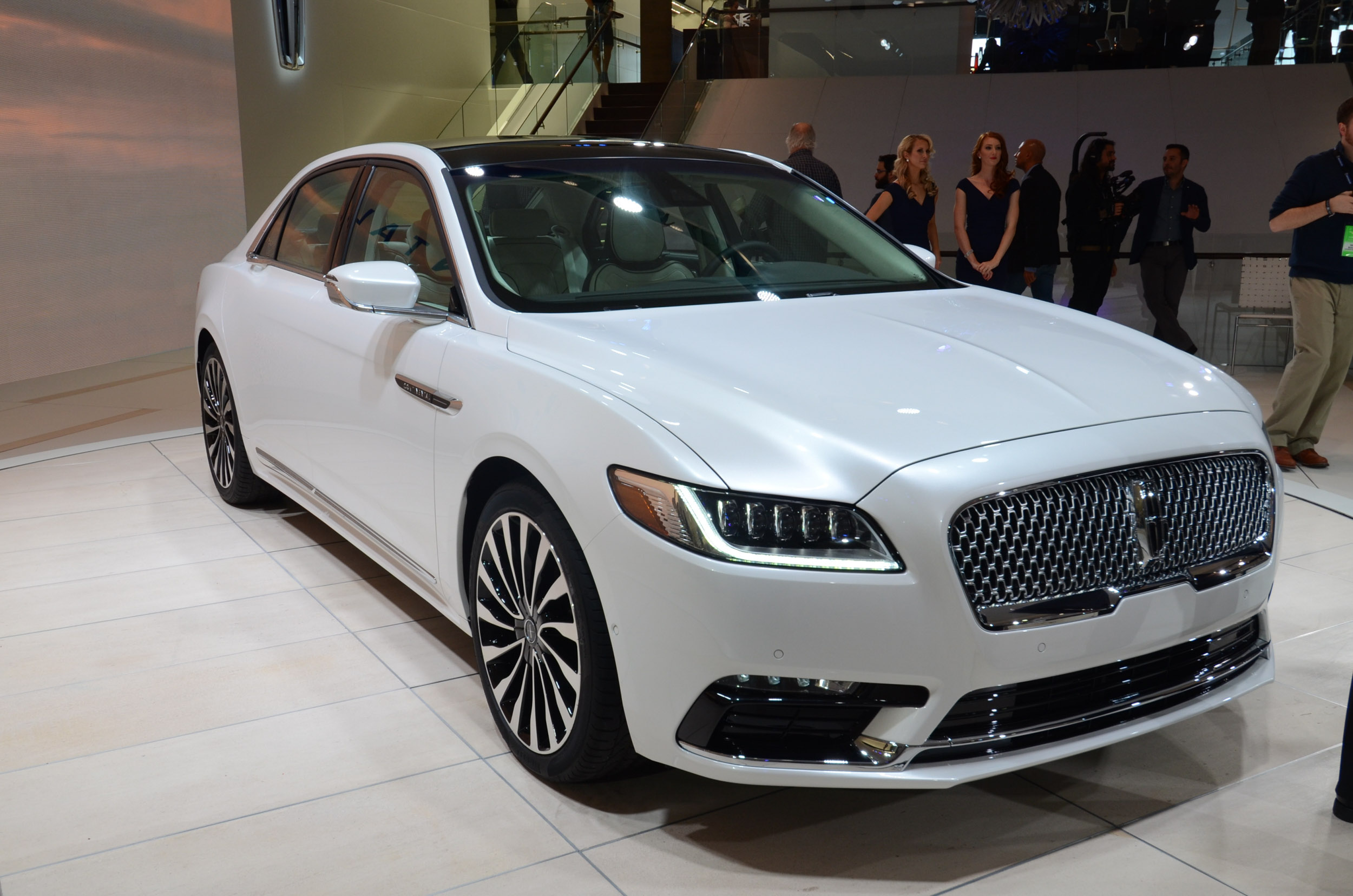 LincolnContinent10-2 Outstanding Lincoln Continental New York Auto Show Cars Trend