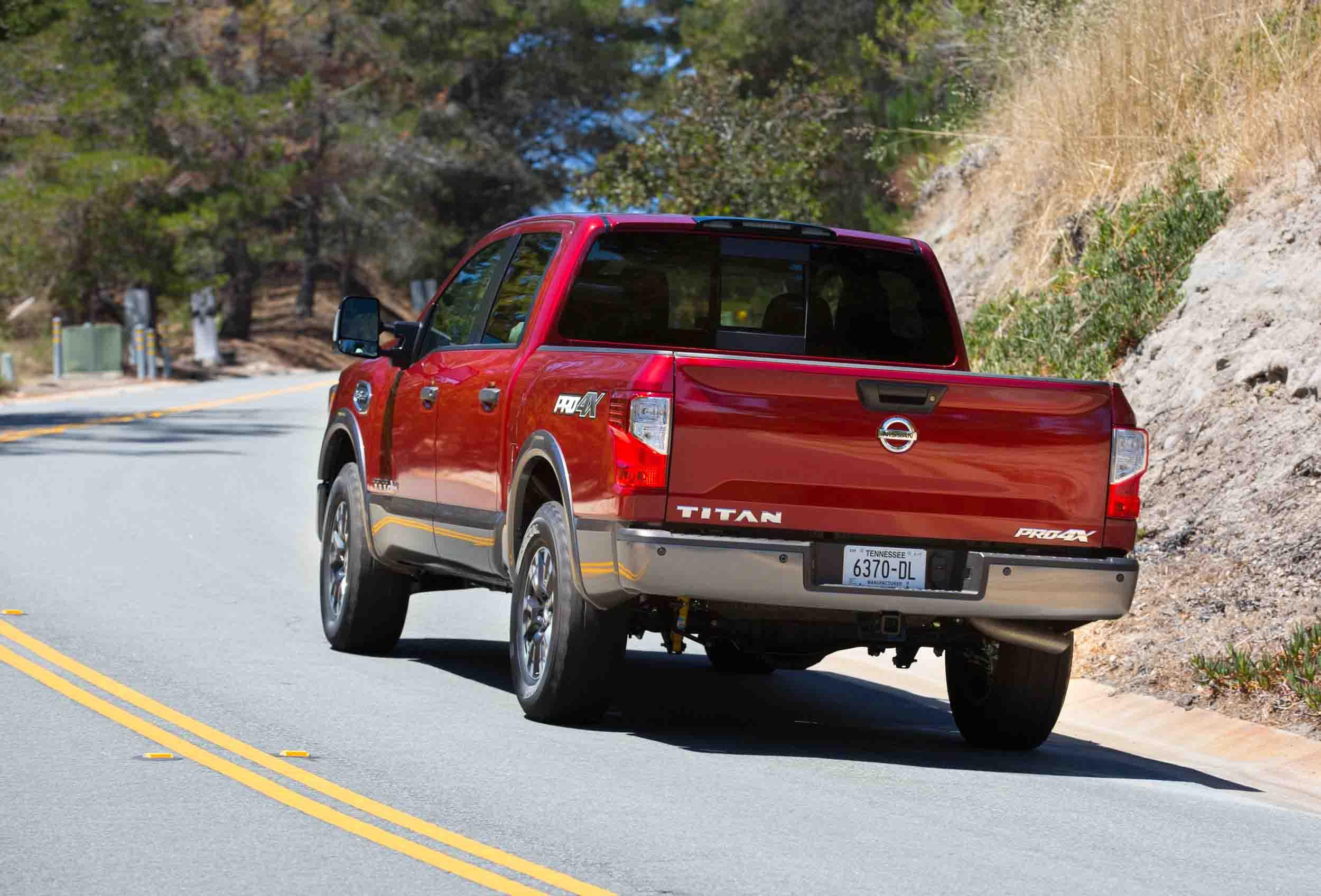 2017 Nissan Titan Pro 4x V 8 4 4 Crew Cab Carfanatics Blog