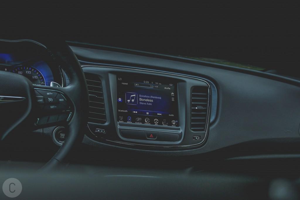 2016 Chrysler 200S AWD